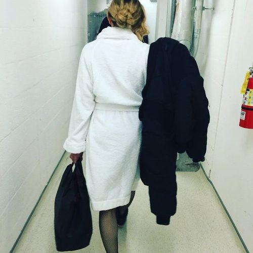 Instagram_backstage