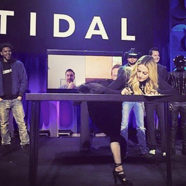 Tidal_signing