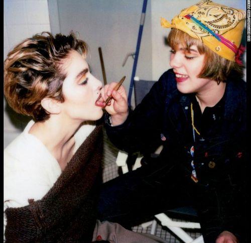 Madonna_debi_polaroid