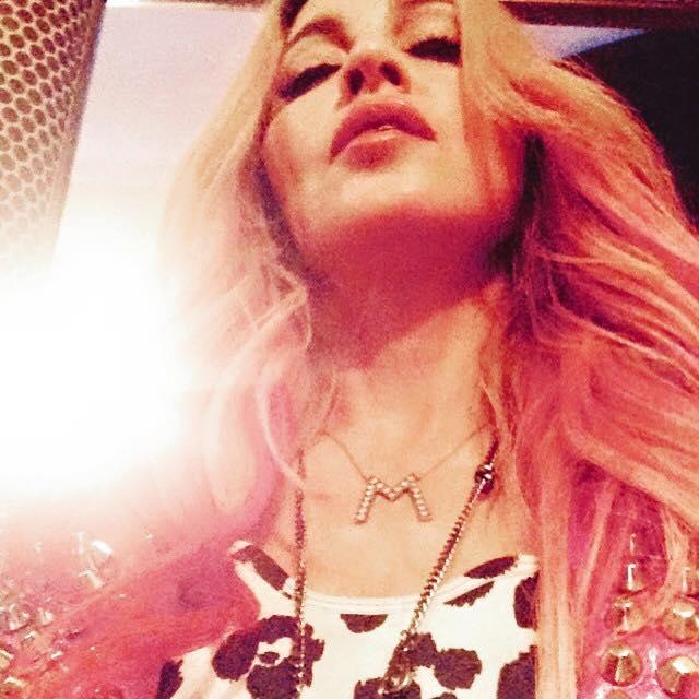 Instagram_pink_hair3